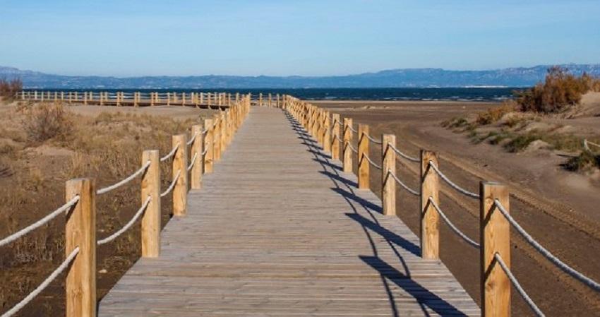 Pasarelas Playa Riumar
